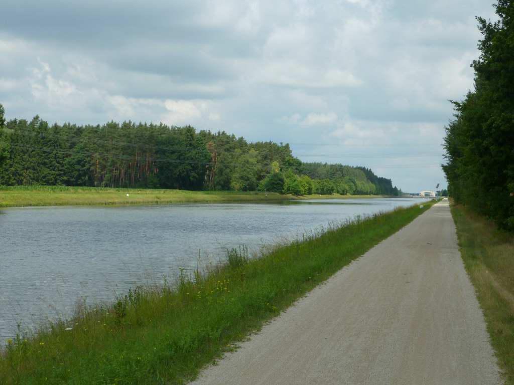 Dem Main-Donau-Kanal entlang!