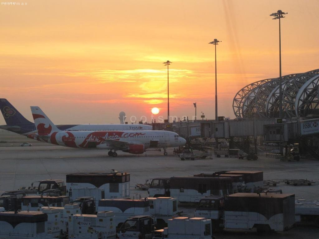 Thailand, Bangkok - Airport Sunrise